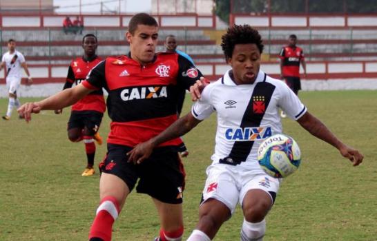 Vasco e vence o Flamengo no jogo de ida da final do Carioca Sub-20