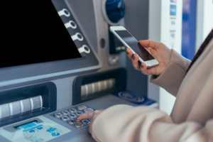 Chatbot-uri pentru banci si companiile de asigurari