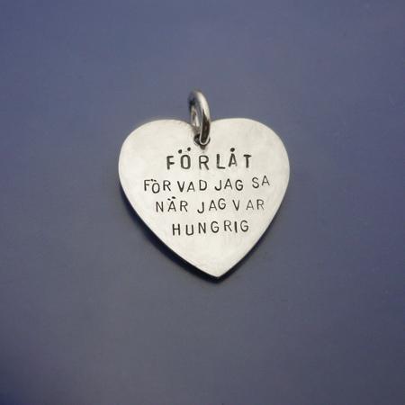 silverhjärta, Roliga smycken med text
