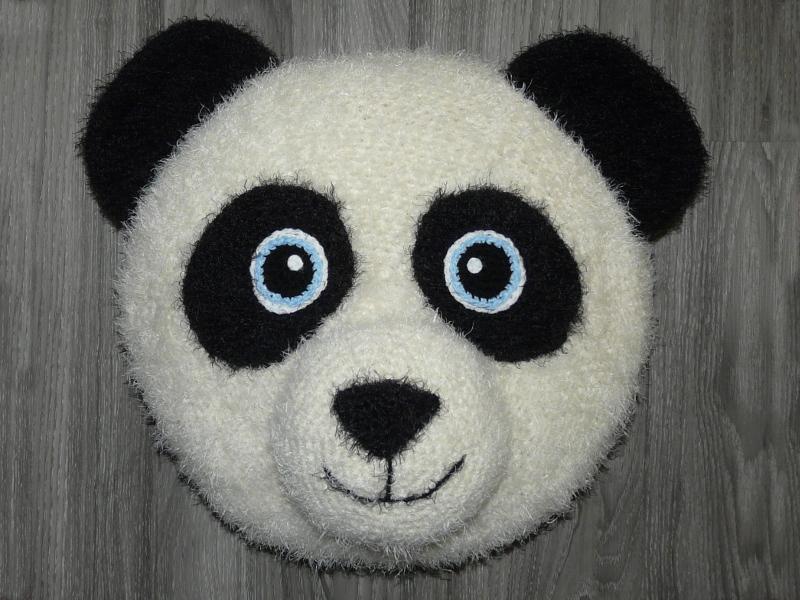 Flauschiges Panda Kissen