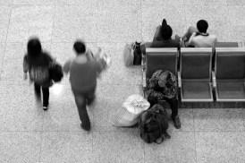 a people travel Hangzhou 1410 30x20 bwl