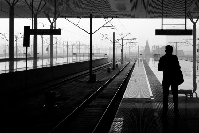 a people travel ningbo railway station 03 1410 30x20 bw