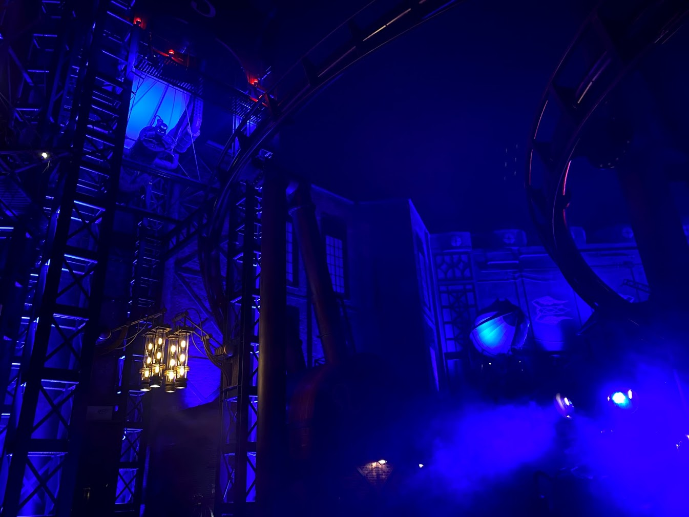 Rookburgh in het donker
