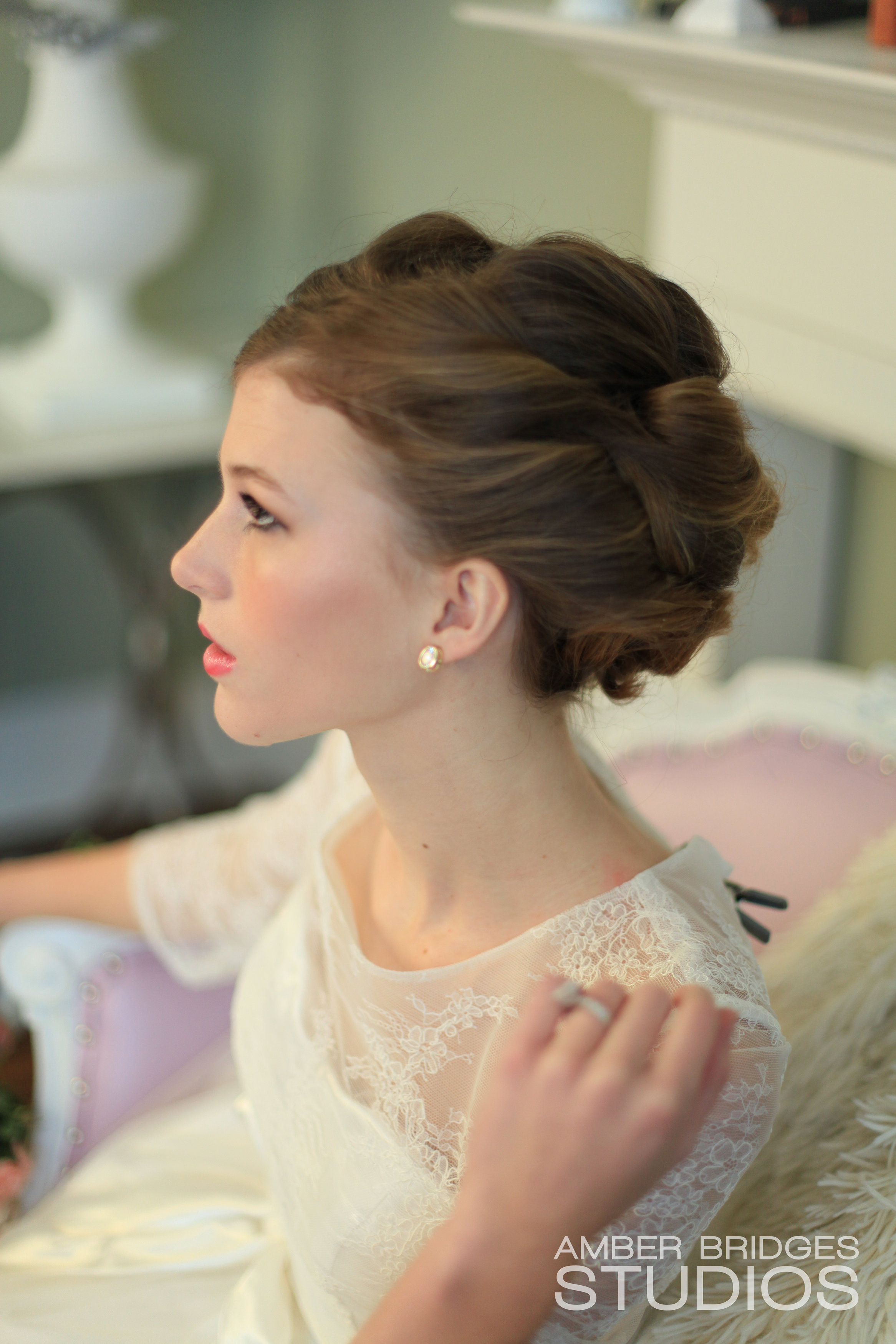 amber bridges studios cincy weddings by maura classic wedding hair cincinnati hairstylists