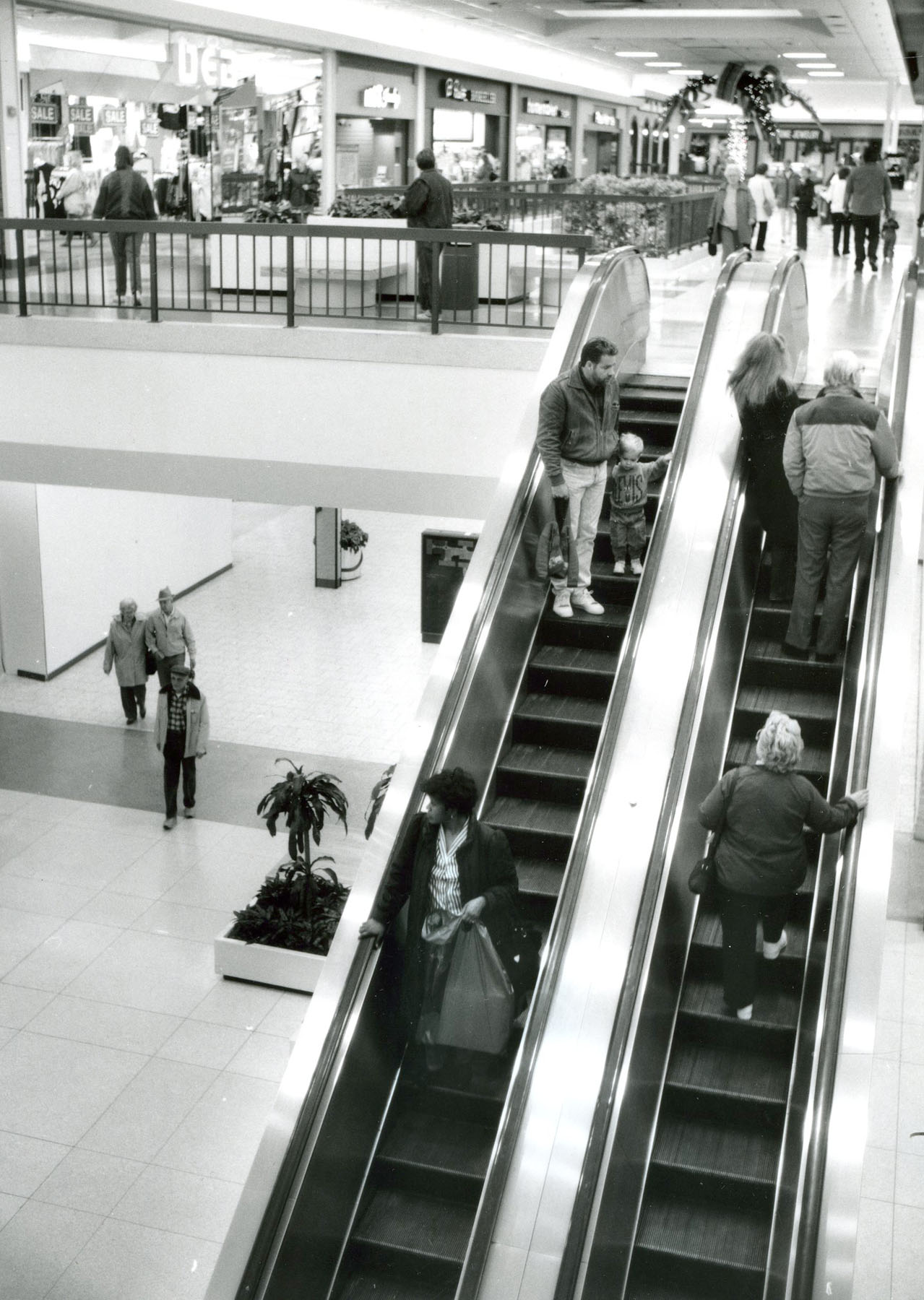 Historic Photos  Rolling Acres Mall