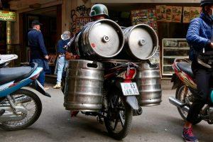 Motorcycle-carrying-four-beer-kegs
