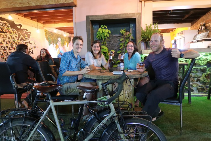 Meeting-cyclists-in-vientiane