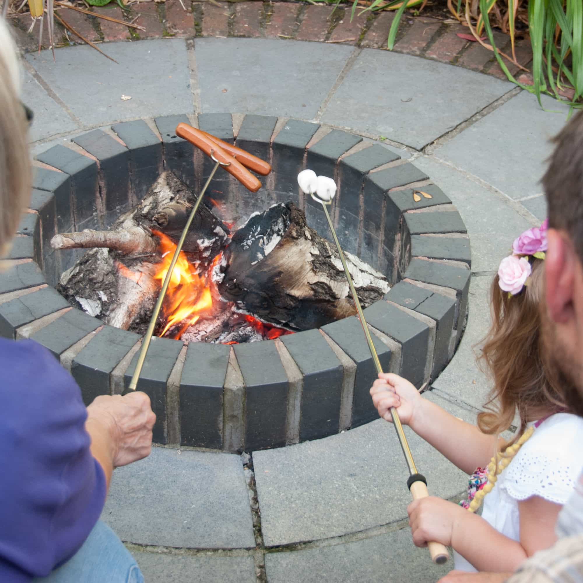 Best Marshmallow Roasting Sticks For Camping