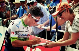 Caleb Ewan signing autographs in Norwood