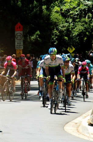 Orica GreenEDGE lead the peloton out of Stirling