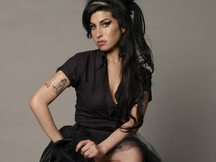 Remembering Amy Winehouse's Iconic Grammy Winning Reaction on Her Birthday