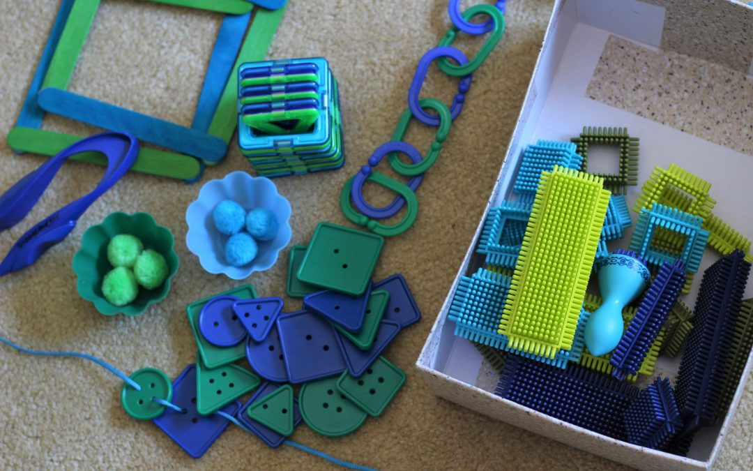 What is a Busy Box? (And Why Do Your Kids Need One?)