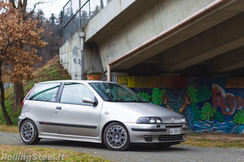 Fiat Punto GT side