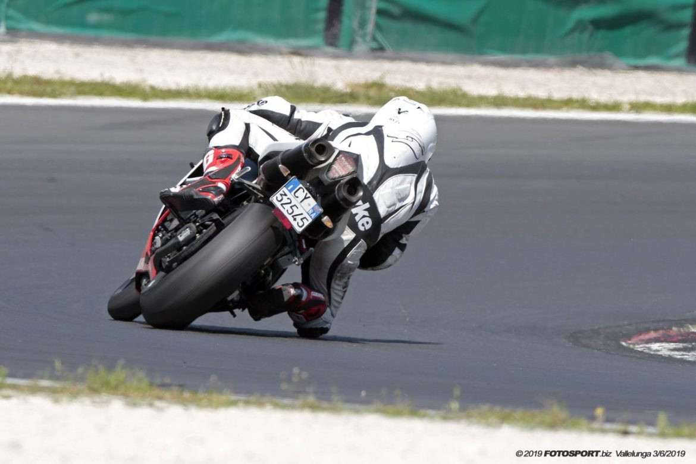 Yamaha R1 Vallelunga 1