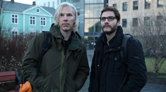 (right) Benedict Cumberbatch as Wikileaks founder Julian Assange. Photo: Courtesy of Dreamworks Studios