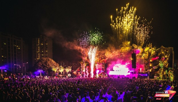VH1 Supersonic's organizers splashed Pune's Laxmi Lawns with color and light. Photo: Courtesy of VH1 Supersonic