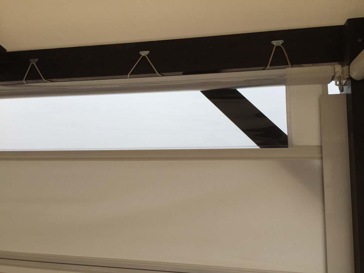 Wetterschutzrollo fr die Terrasse oder Balkon
