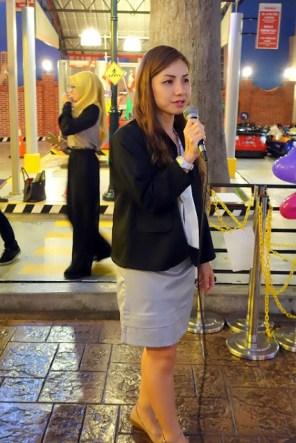 Elana as reporter
