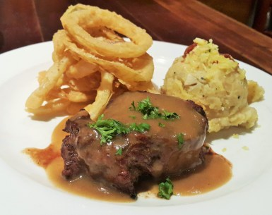 Filet Mignon with Fried Onion Rings & Demi Glace (RM63.49)