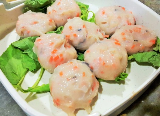 Handmade Prawn Ball - Restaurant Wong Dynasty