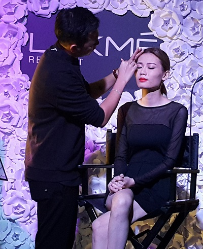Lakme Face Sculpting