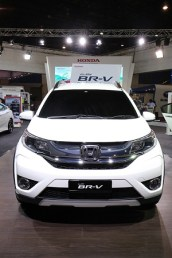 the-all-new-br-v-is-powered-by-a-1-5l-i-vtec-engine-which-provides-120ps-making-it-the-highest-engine-output-in-its-segment