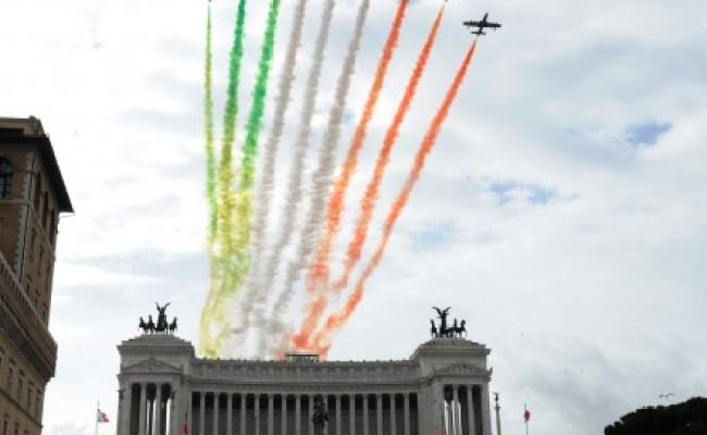 Foto Le Frecce Tricolori Su Roma 5 Di 13 Roma