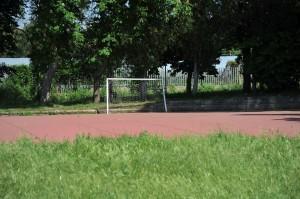 Malore sul campo di calcetto di scuola muore studente 17enne alla Bufalotta