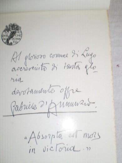 Ritrovate le lettere di D'Annunzio erano in vendita su eBay