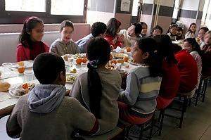 """Mense scolastiche a rischio interruzione Pd: """"Bando a vantaggio chi offre il minor prezzo"""""""