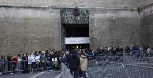 Vaticano blocco bancomat scaturito da inchiesta procura romana sullo Ior