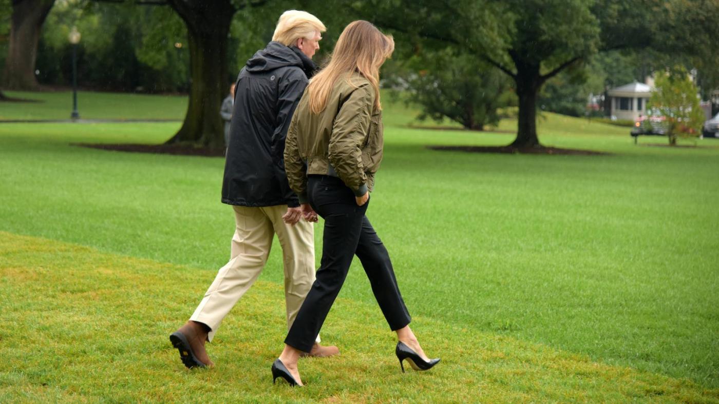 melania-trump-mit-high-heels-in-die-katastrophe-und-den-shitstorm