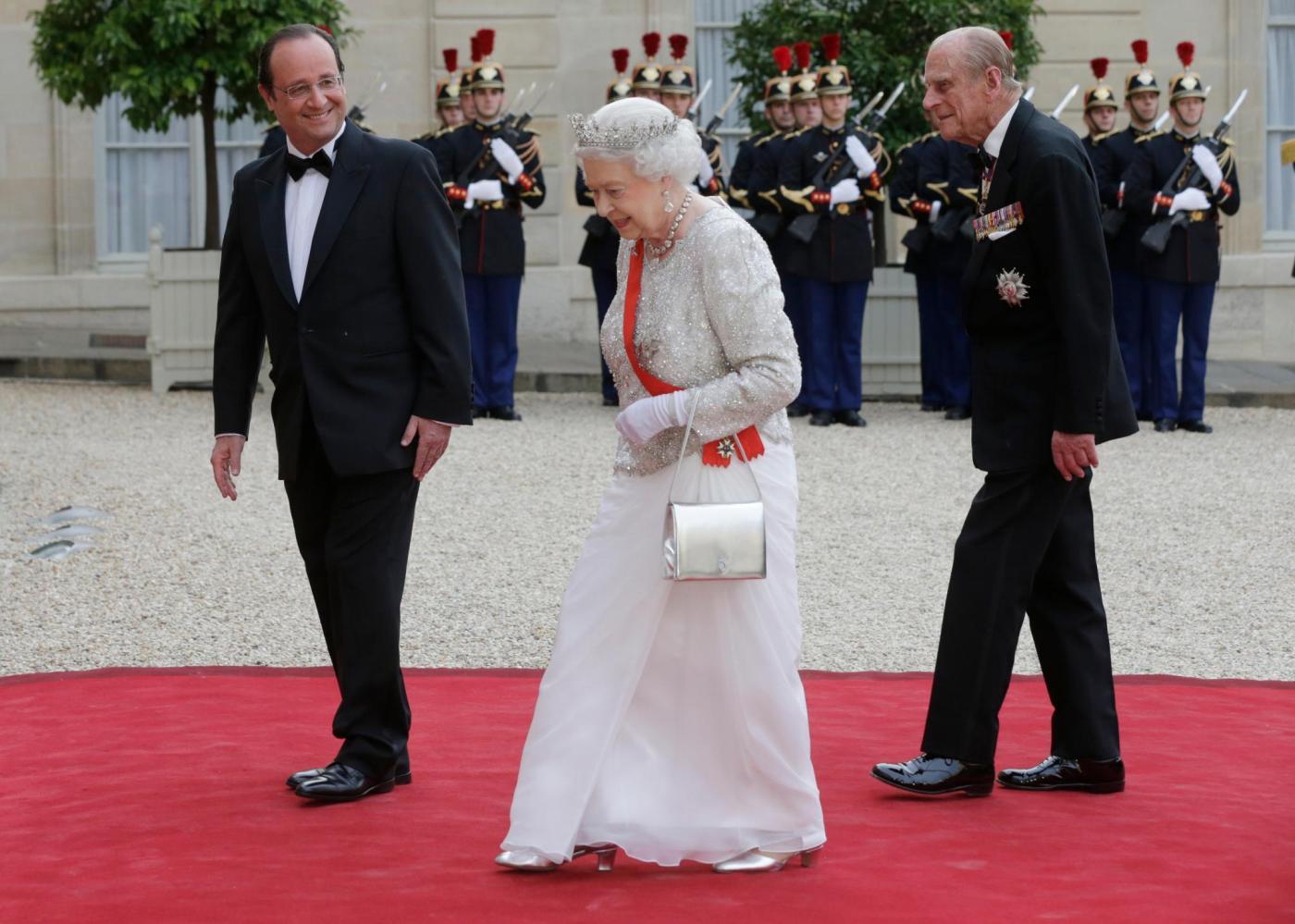 queen-elizabeth-prinz-philip-re--8028102-