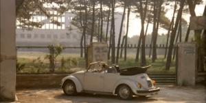L'esterno della colonia - Film Zeder 1983