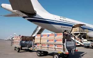Ποσότητες ρεκόρ υγειονομικού υλικού σε πτήσεις από την Κίνα – 13 εκατ. μάσκες, αναπνευστήρες και τεστ
