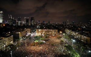 Ισραήλ: Χιλιάδες στους δρόμους κατά των κυβερνητικών χειρισμών στην πανδημία