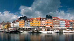 Κορωνοϊός: Νέα περιοριστικά μέτρα σε Δανία, Ολλανδία, Ισλανδία