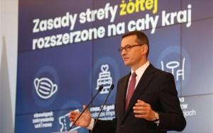 Πολωνία: Ο Μοραβιέτσκι καλεί σε λήξη των διαδηλώσεων «για χάρη των ηλικιωμένων»