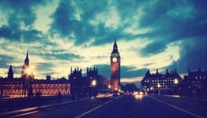 77 κρούσματα του νοτιοαφρικανικού στελέχους στο Ηνωμένο Βασίλειο