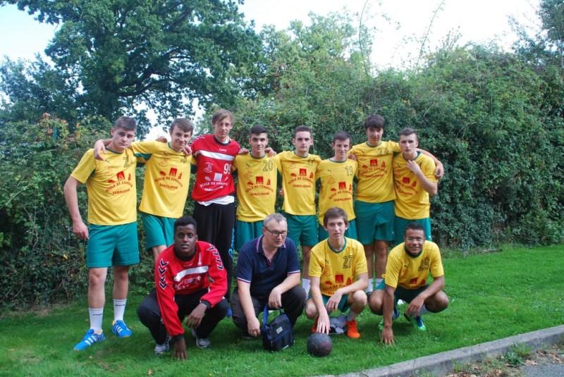 équipe victorieuse de Equipe victorieuse Sablé en - 19 région