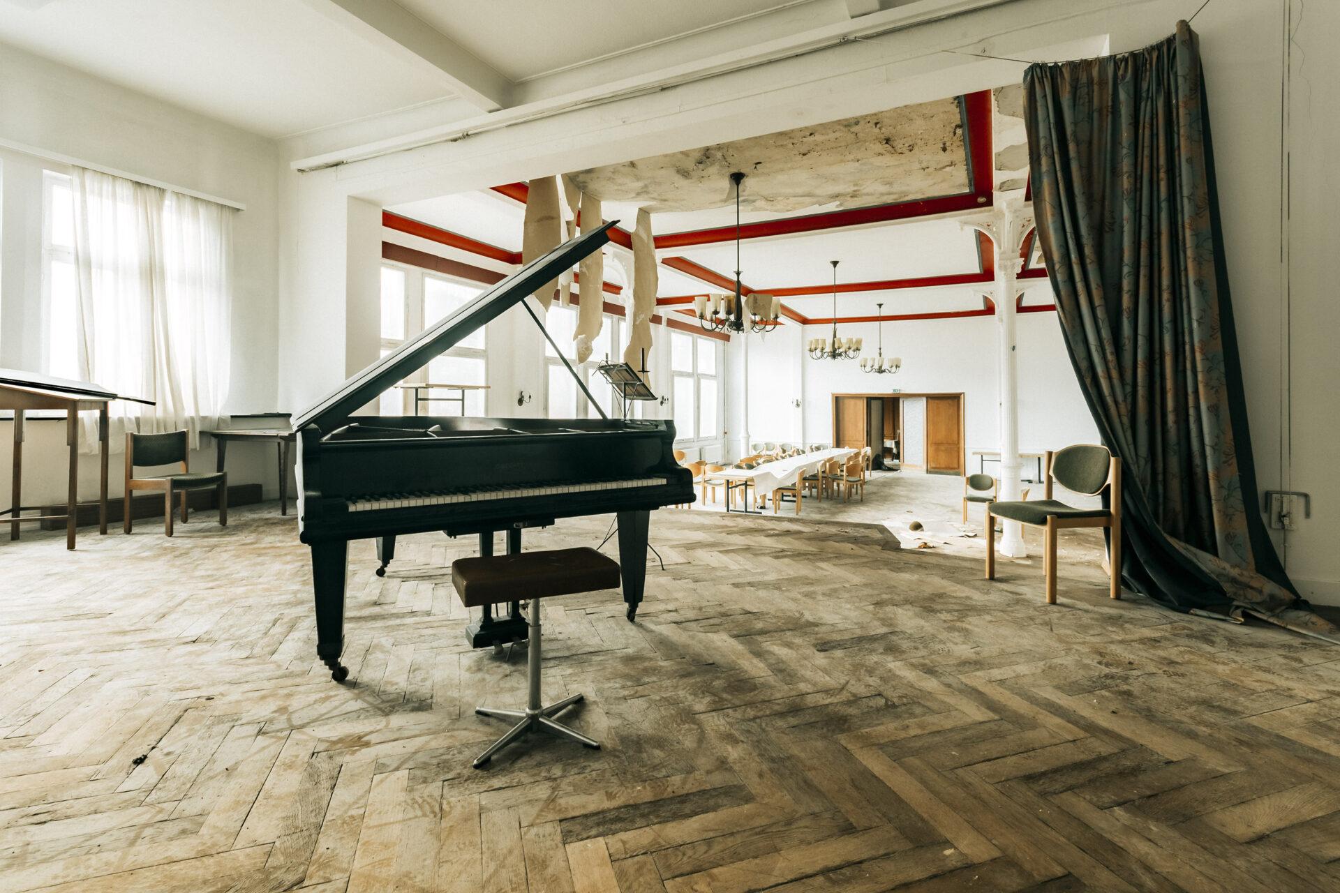 Requiem pour pianos 61 | Serie Requiem pour pianos | Romain Thiery
