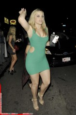 alexis-texas-leaves-a-nightclub-in-hollywood_1