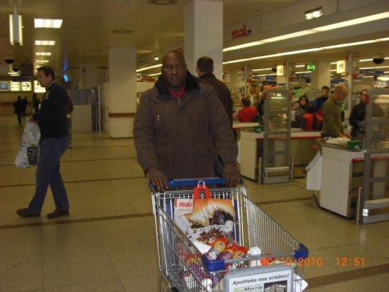 Online Romance Scammer Kazeem Owonla enjoying your money