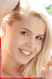 Brandy Smile 35