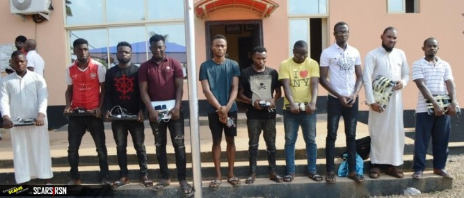 10 Suspected Internet Fraudsters Arrested 4