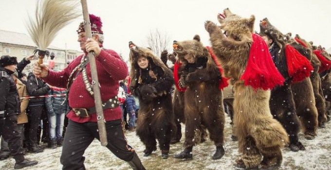 Tradiţii și superstiţii de Revelion la români. Ce trebuie să faci ca să îţi meargă bine tot anul. La Mulți Ani, 2020! 7