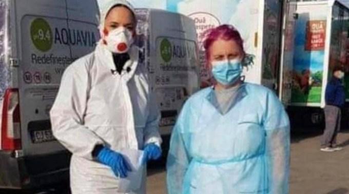 """Mircea Radu: """"De ce Andreea Marin are mască cu factor ridicat de protecție împotriva coronavirus iar doamna de lângă ea, un profesor universitar doctor, o simpla masca chirurgicală? Părerea mea e că Andreea putea să ..."""" 1"""