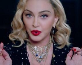 """Madonna dezvăluie că a fost infectată cu noul coronavirus. """"Toţi am crezut că avem o gripă mai gravă. Mulţumesc lui Dumnezeu că acum..."""" 9"""