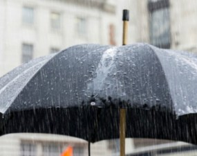 Vremea pe următoarele 4 săptămâni: Cât mai ţine frigul. Ce fenomene se anunţă şi cât mai plouă 16