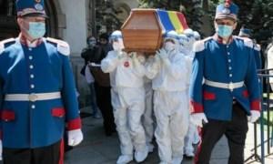 Raed Arafat explică de ce a permis ca ÎPS Pimen să fie înmormântat cu mii de oameni în plină pandemie de coronavirus 29